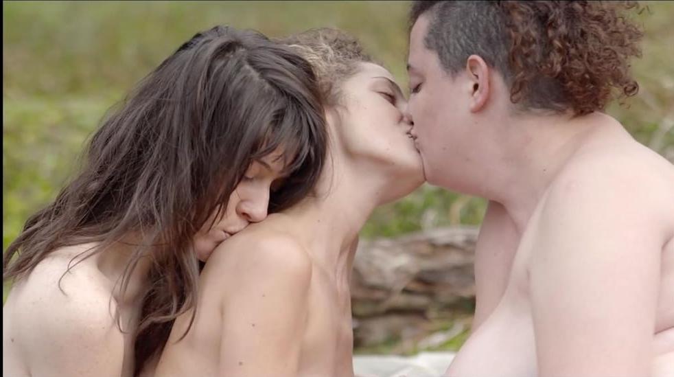 orgasmos lésbicos película hijas del fuego